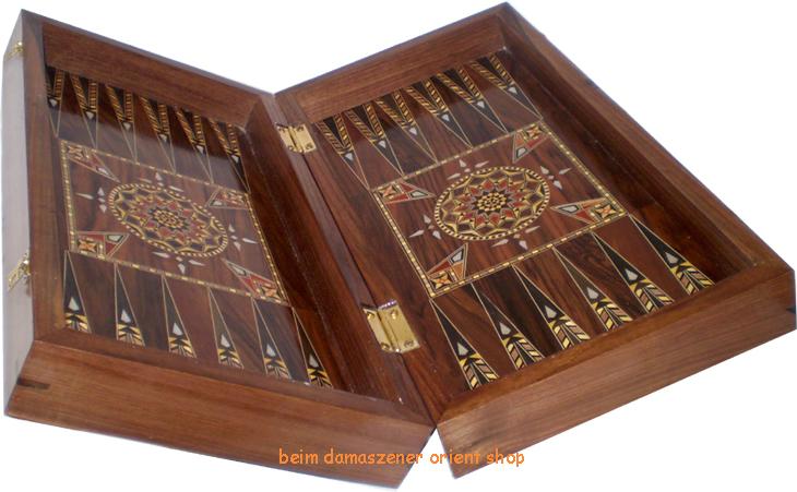 Backgammon Spiel Kaufen : edles backgammon tavla checkers nussbaum holz ~ Watch28wear.com Haus und Dekorationen